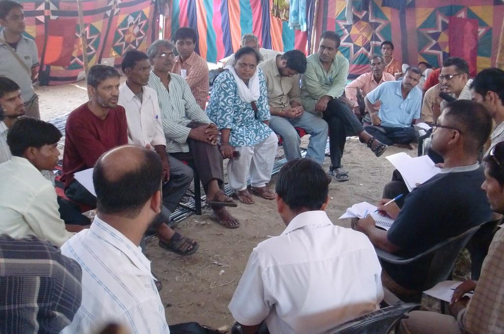 Pics from the satyagraha - 8 Oct 2010 - 2