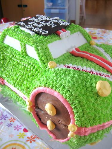 Green car cake1