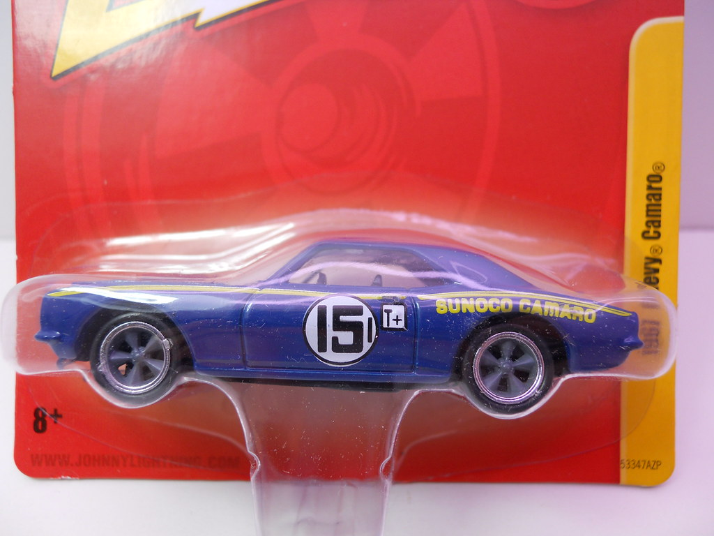 johnny lightning 1967 chevy camaro sunoco (2)