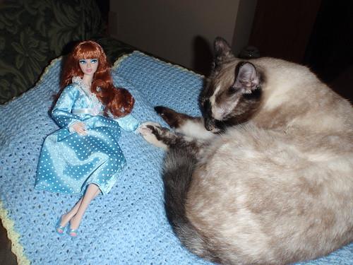 Gavin & Bella Have A Slumber Party