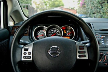 Versa Wheel and Gauges (3)