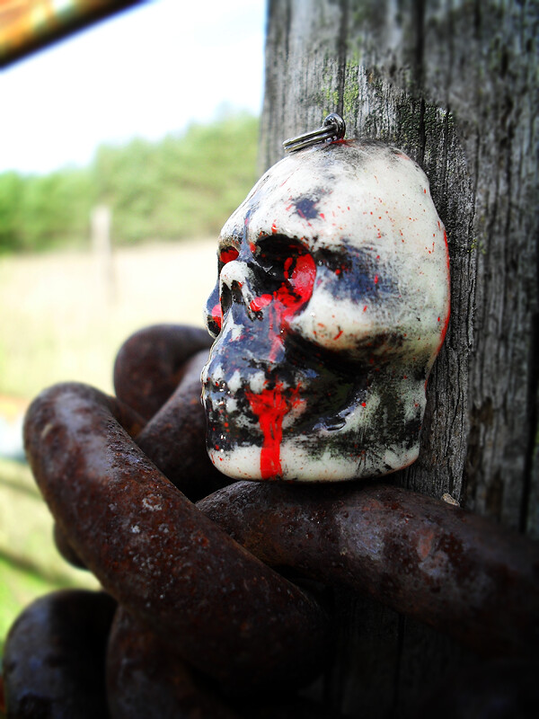 Blood Skull Left