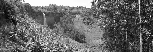 sipi falls black and white