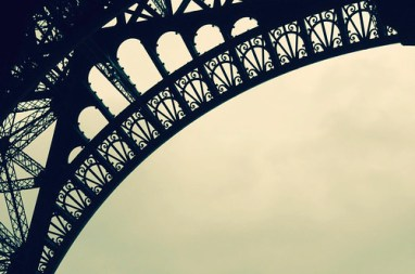 the magnificent eiffel tower