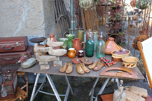 20100918-048_antiques-stall