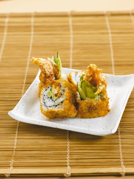 1C0323-Sushi-Tei_155-B8-Soft-Shell-Crab-w-Fish-Floss