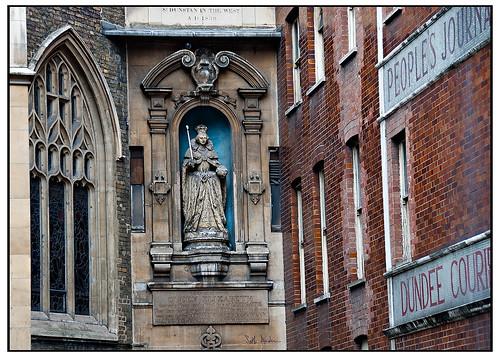 Statue of Queen Elizabeth - 1766