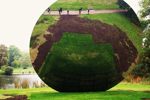 Anish Kapoor's World Upsidedown