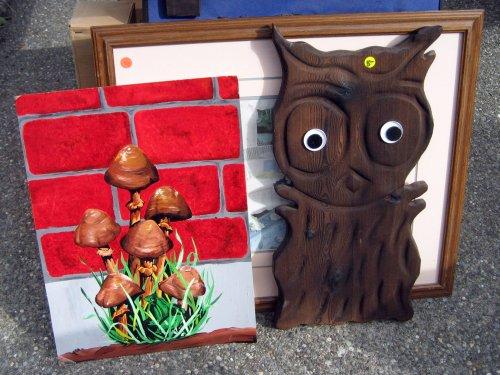 Mushrooms and owl