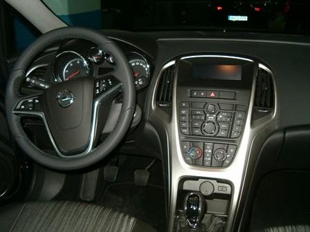 2010-11-14 2 - Opel Astra 1.7 CDTI-125 Enjoy 5p