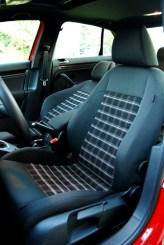 Jetta TDI Cup Seats (3)