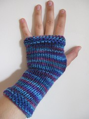 Blue & purple variegated fingerless mitts