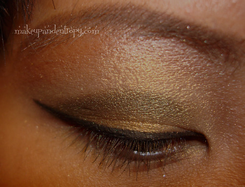 Eyeshadow open eye looking down
