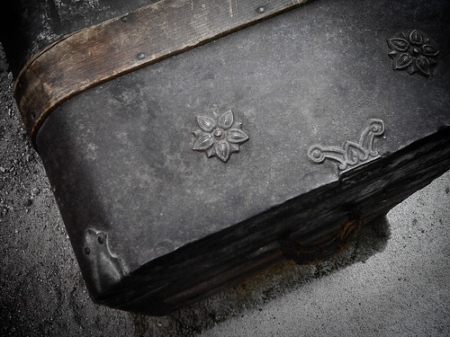 {232/365} Danielle's trunk