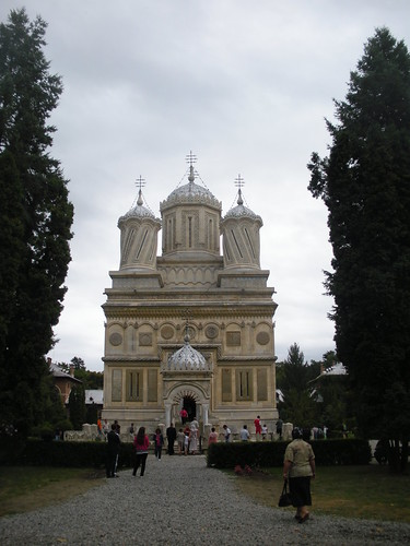 Monastery chapel at Curtea de Arges