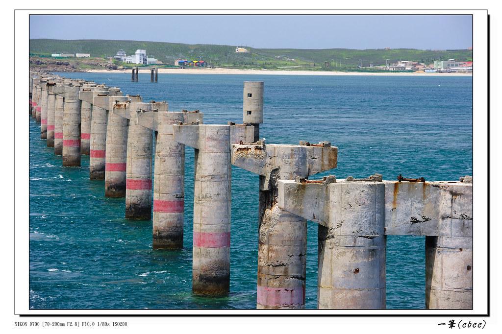 澎湖北環景點:跨海大橋拍舊橋墩與燕鷗