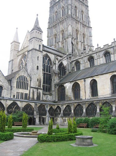 GloucesterCathedral2.ChanningSmith.2010