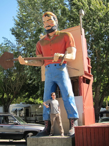 Paul Bunyan Statue