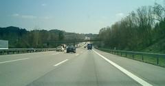 """Die Autobahn. Die Autobahnen. Eine dreispurige Autobahn. Der Blick durch die Frontscheibe eines Autos. • <a style=""""font-size:0.8em;"""" href=""""http://www.flickr.com/photos/42554185@N00/35269075760/"""" target=""""_blank"""">View on Flickr</a>"""