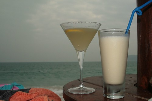 Margherita and pina colada by the beach