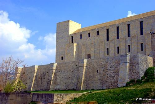 Vista del Archivo de Navarra desde la calle Santo Domingo