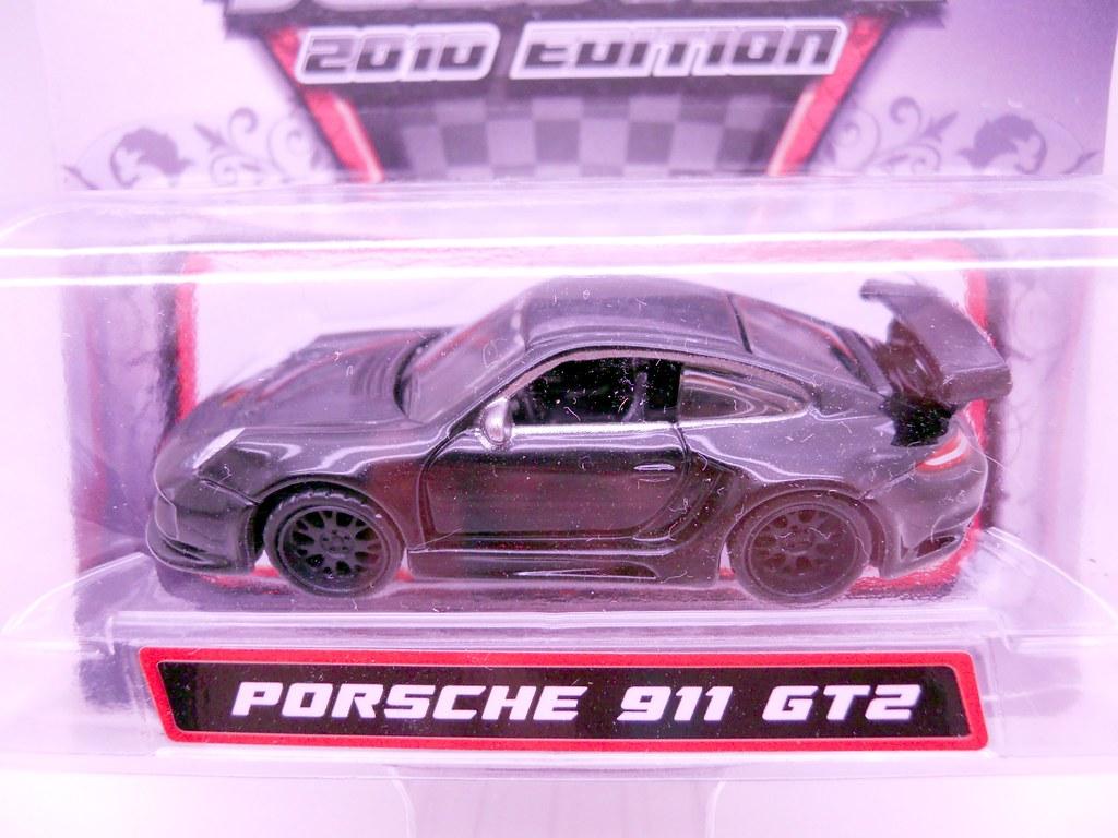 Maisto 2010 Toy Fair Porsche 911 GT2 (2)