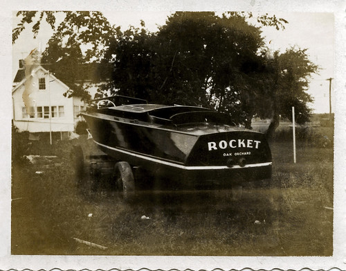 Rocket at Moore's in Albion