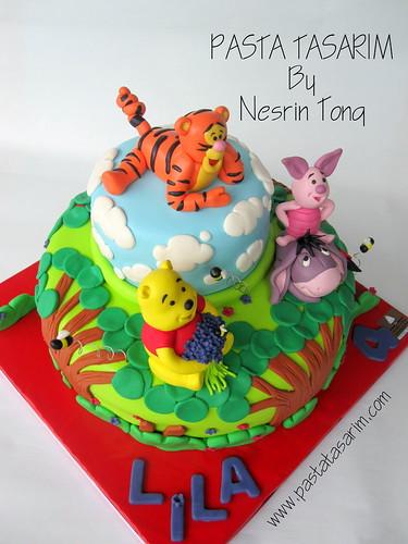WINNIE THE POOH - LILA BIRTHDAY CAKE