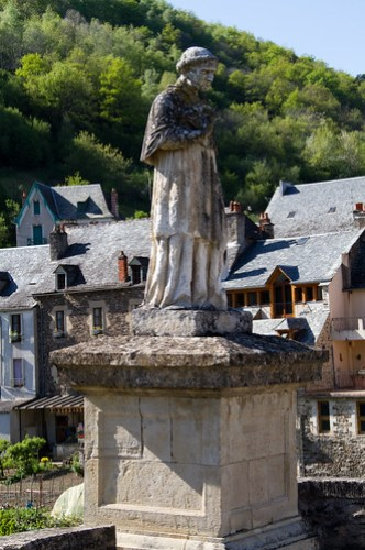 Estaing 20100428-IMG_4499-Edit