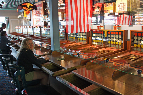 Fascination. I can't believe I went 43 years without knowing this game existed!  Seaside, Oregon.  Photo © MaryDenise6 via flickr