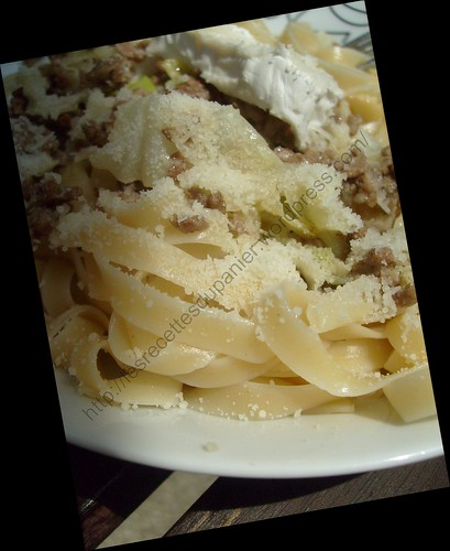 Tagliatelles au chou pointu, viande hachée et chèvre / Tagliatelle with cabbage, minced meat and goat cheese