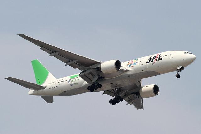 JAL B777-200(JA8984)