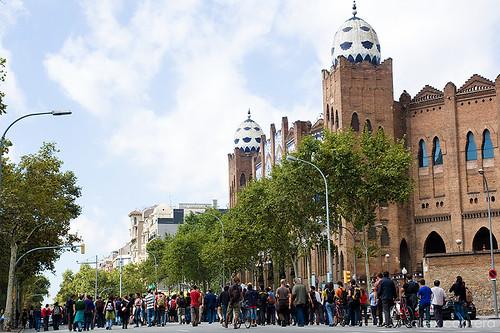 La marxa de la CGT avança cap al centre de la ciutat