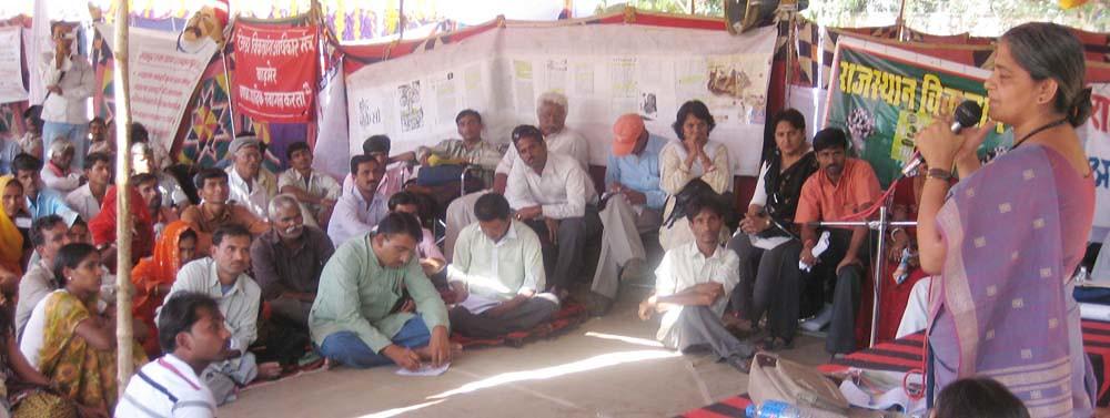 Pics from the satyagraha - 10 Oct 2010 - 1