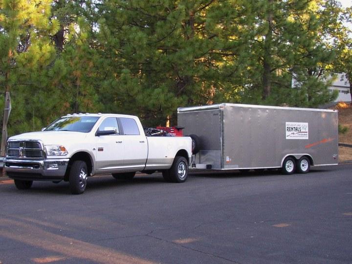 Truck Trailer Cul-du-sac