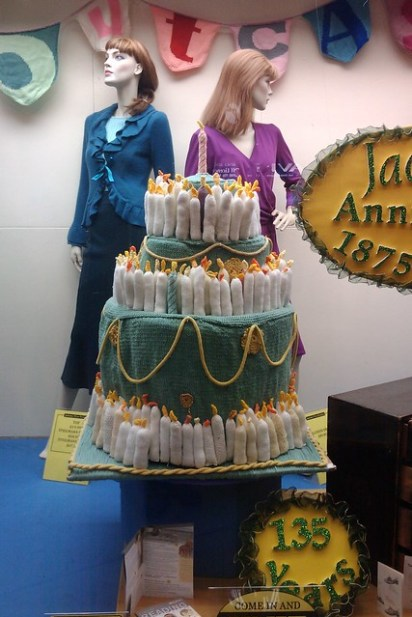 Jacksons knitted cake, created by the Outcasts