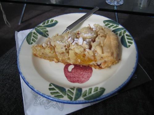 Puntje Abrikozenkruimeltaart met amandelcrème