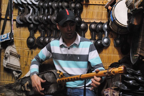 Ibrahim playing gimbri
