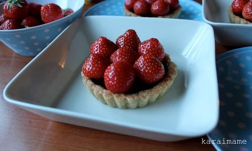 Chocolate ganache tartlet with strawberries