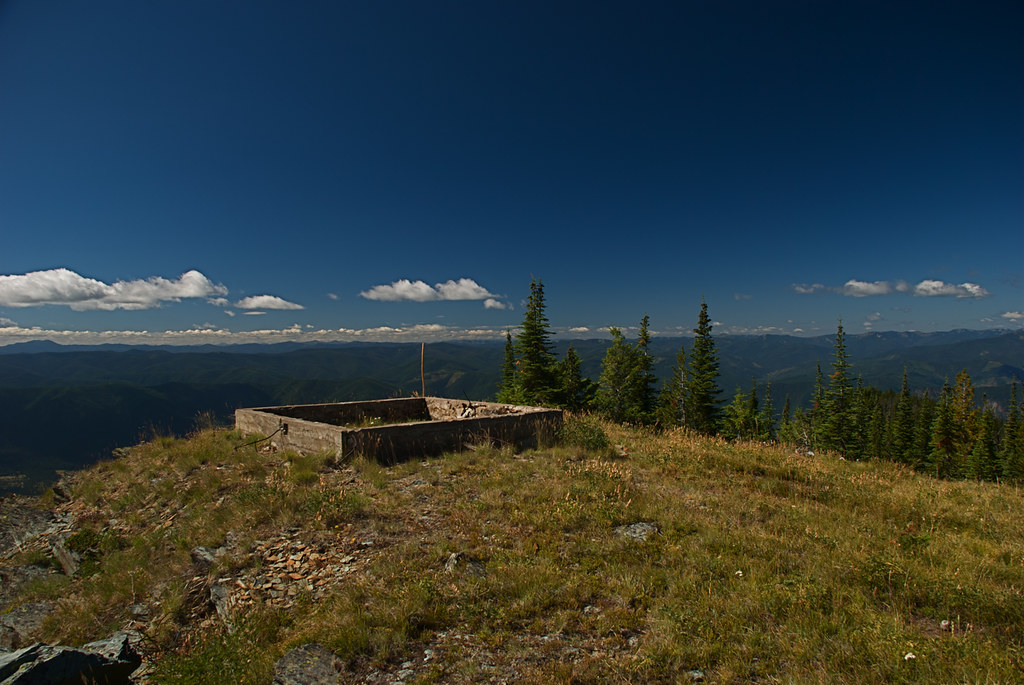 Old lookout base Mt Silcox