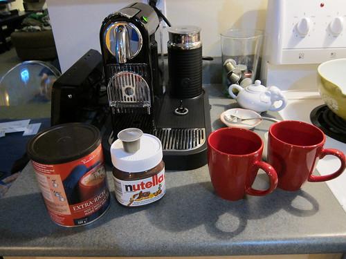 Making Nutella Hot Chocolate & Americano