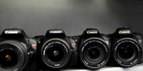 Canon Rebel T3i EOS 600D vs 60D vs 7D vs T2i