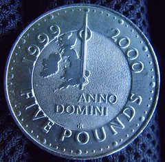 Five Pounds coin 1999 - turn of the century 19...