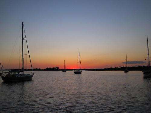Calm sunset in Mile Hammock Bay