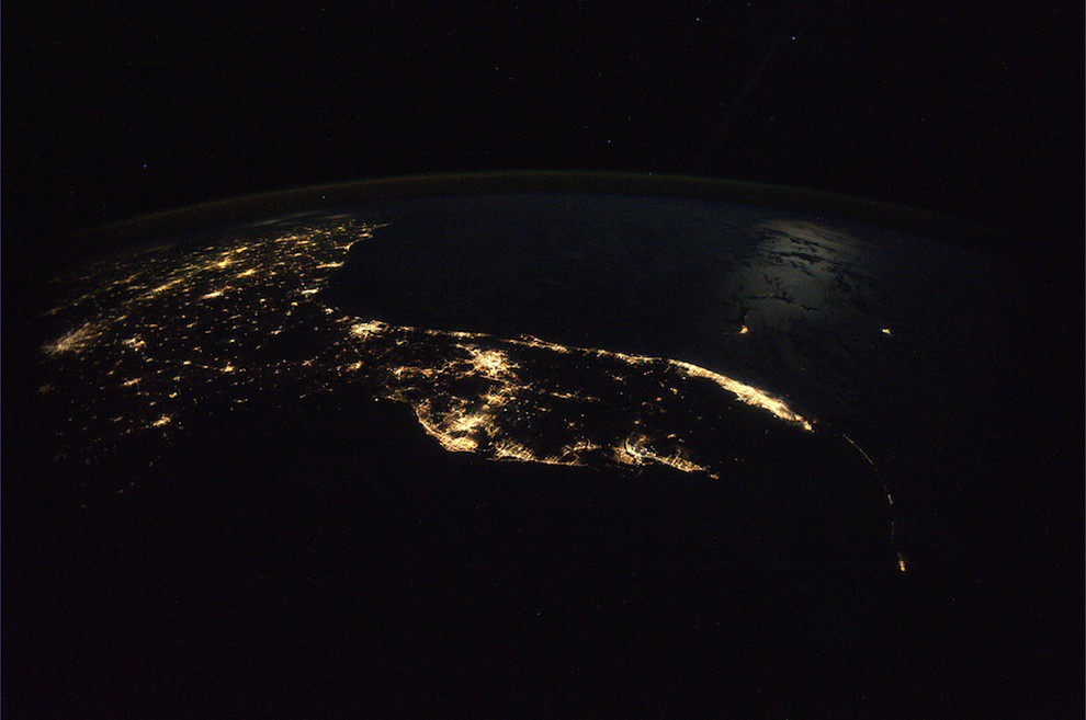5197573116 aee6e36923 b Incredible Space Pics from ISS by NASA astronaut Wheelock [29 Pics]