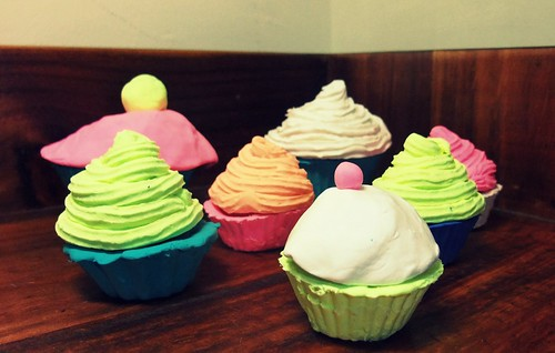 cupcake bowls