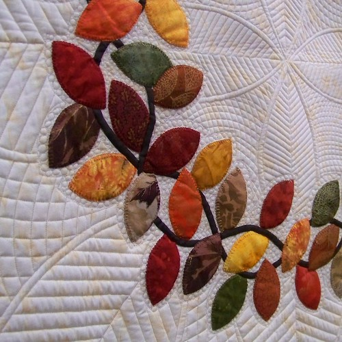 Autumn leaf applique quilt