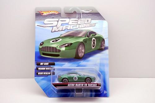 hw speed machine aston martin v8 vantage (1)
