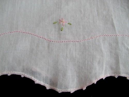 1 of 3 flowers on hem