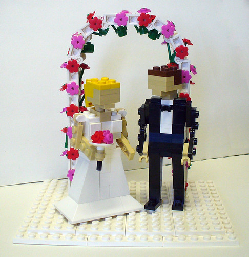 Bride and Groom with Arch 1